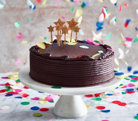 Gooey Chocolatey Birthday Cake COOK