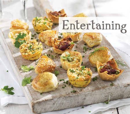 Translate cookfood from english to spanish for Canape meaning in english