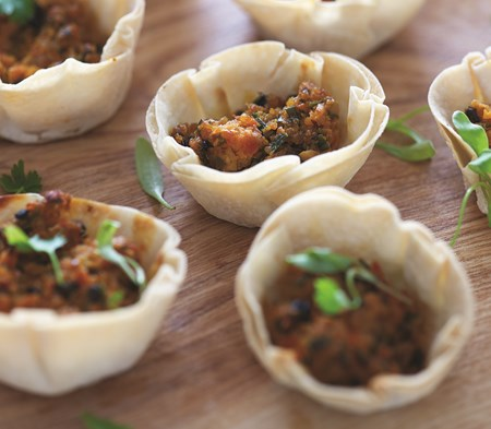 Asian style crayfish cups cook canapes entertaining for Where to buy canape cups