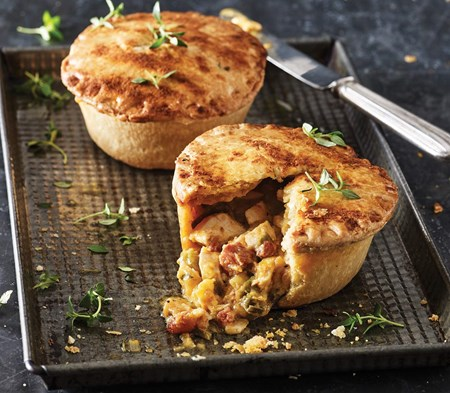 Chicken & Dingley Dell Chorizo Pie