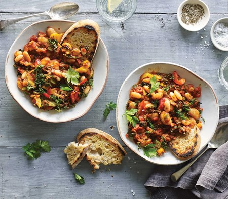 Spanish Bean Stew with Peppers & Kale
