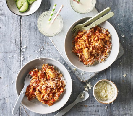 Kids Chicken & Tomato Orzo Bake