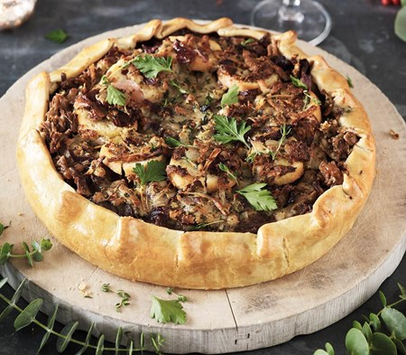 Slow-Cooked Beef & Caramelised Onion Pie